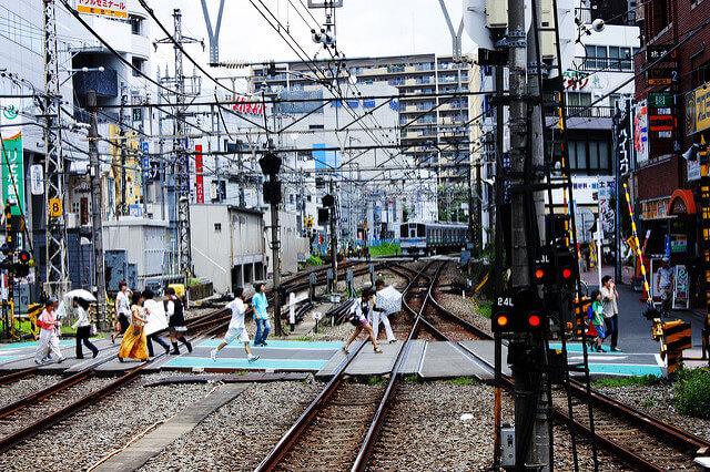 町田駅前の様子